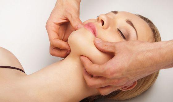 Ручной массаж лица