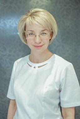 Медицинская сестра косметологического кабинета 1й категории Метто Наталья Ивановна