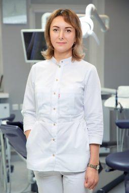 Врач-стоматолог-терапевт высшей квалификационной категории Ретюхина Оксана Константиновна