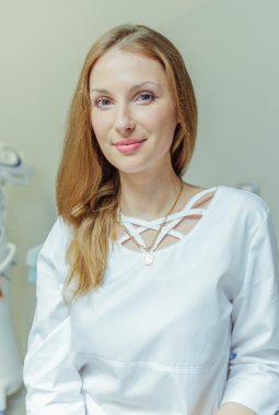Медицинская сестра стоматологического кабинета Соколовская Юлия Евгеньевна