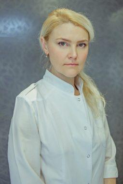 Старшая медицинская сестра стоматологии Филатова Елена Анатольевна