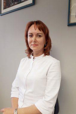 Врач-стоматолог-терапевт 1-й квалификационной категории Ретюхина Оксана Константиновна