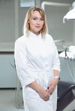 Врач-стоматолог-терапевт 1-й квалификационной категории Джалилова Анастасия Васильевна